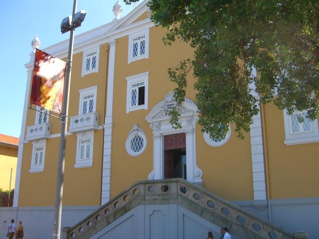 Adriano Ramos Pinto building, Porto